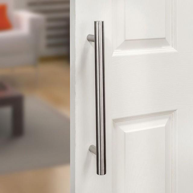 STAINLESS STEEL PULL DOOR HANDLE