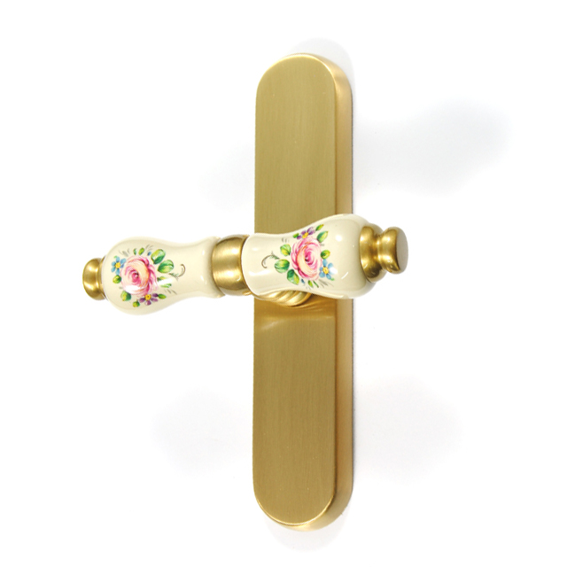 MAT GOLD WINDOW HANDLE FLORA WITH BEIGE PORCELAIN AND FLOWERS