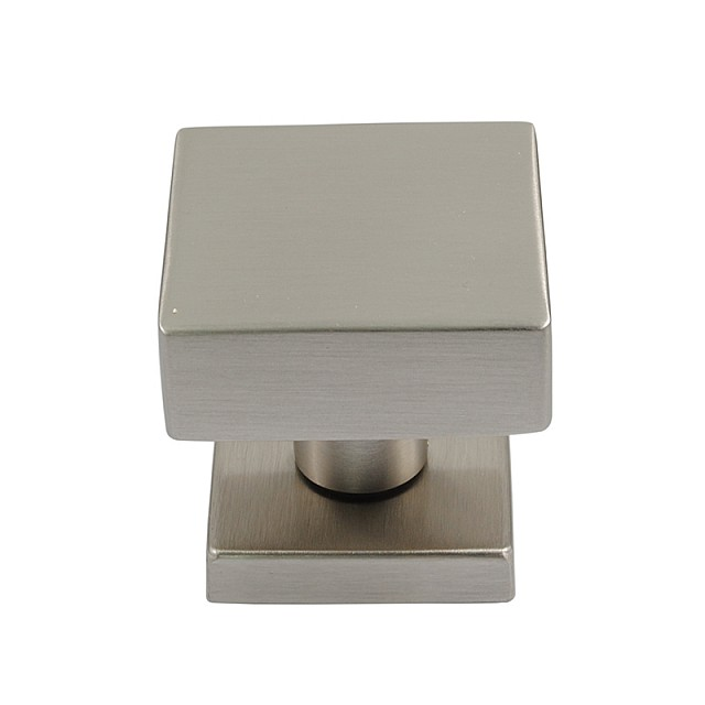 SQUARE DOOR KNOB / MAT NICKEL
