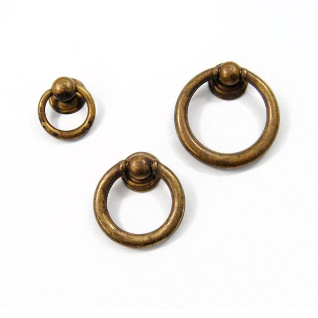 B1022 FURNITURE KNOB DROP RING / ANTIQUE